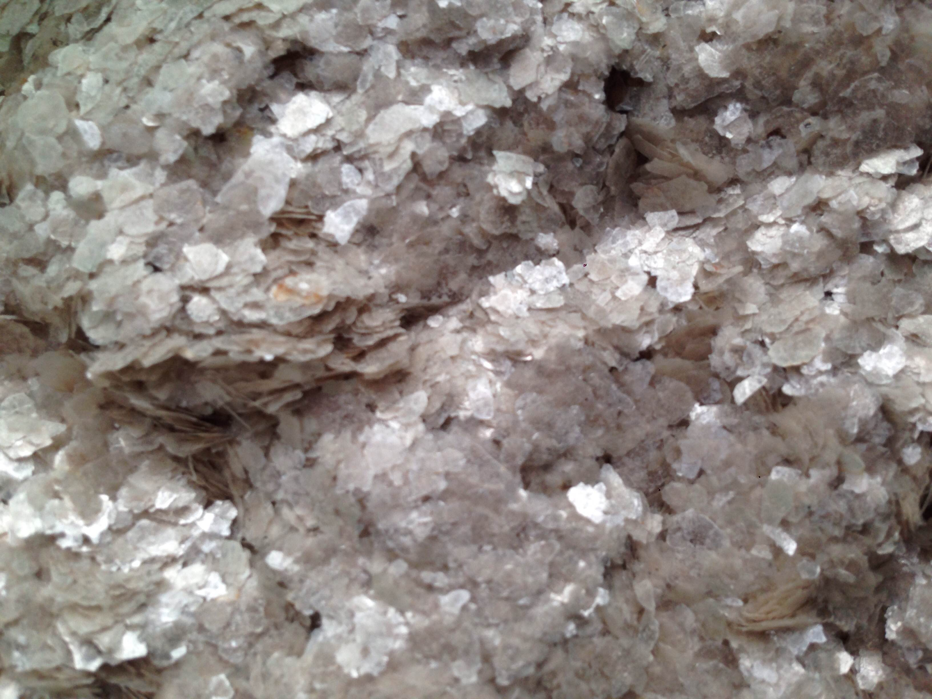 Mica 20 (  mica flakes )  mesh ( 0,4 -0,8 mm)